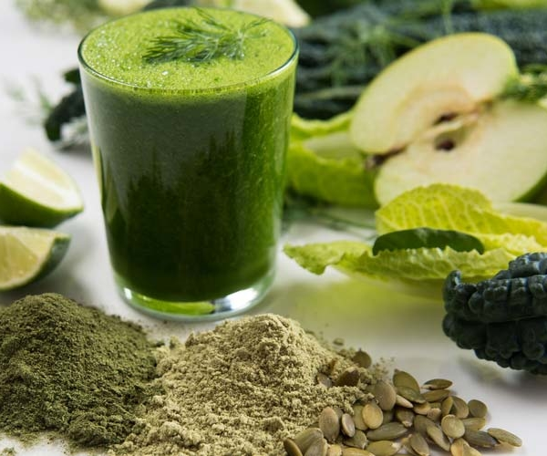 Adding Greens to Your Juices & Smoothies